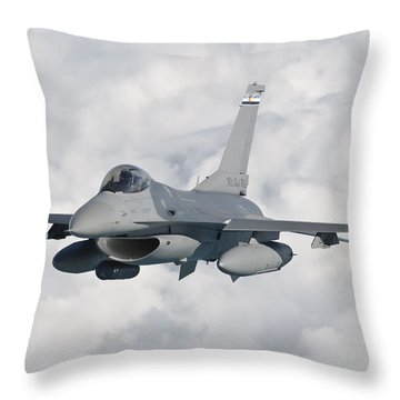 An F-16 From The Colorado Air National Throw Pillow by Giovanni Colla
