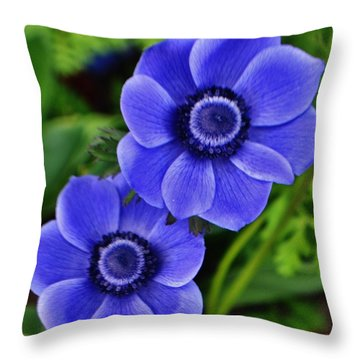 Anemone Nemorosa Throw Pillow
