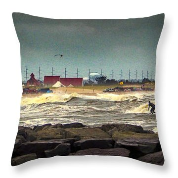 Angry Surf At Indian River Inlet Throw Pillow