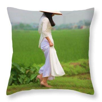Ao Dai Woman Vietnamese Woman Throw Pillow