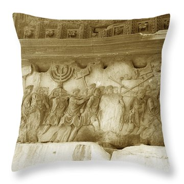 Arch Of Titus Throw Pillow by Photo Researchers, Inc.