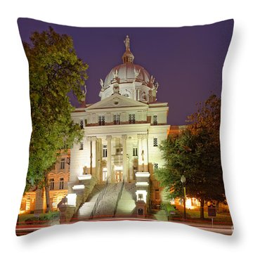 Architectural Photograph Of Mclennan County Courthouse At Dawn - Downtown Waco Central Texas Throw Pillow