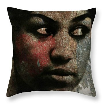 Aretha Franklin - Tribute Throw Pillow