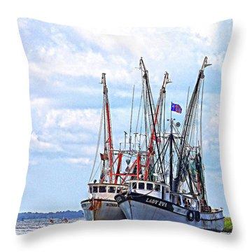 Art Of The Turn Throw Pillow
