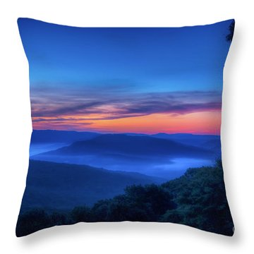 Artist Point Sunrise Throw Pillow