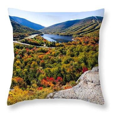 Artists Bluff, Franconia Notch Throw Pillow
