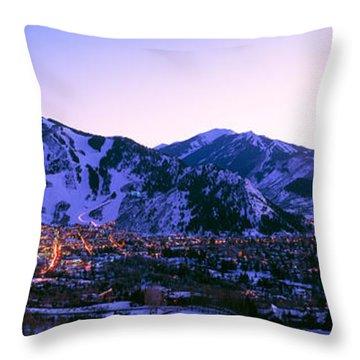 Aspen, Colorado, Usa Throw Pillow
