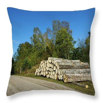 Throw Pillow featuring the photograph Aspen Timber by Kennerth and Birgitta Kullman