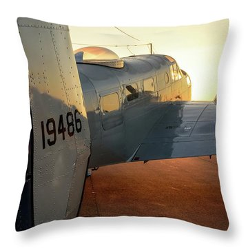 At-11 Sunrise Throw Pillow