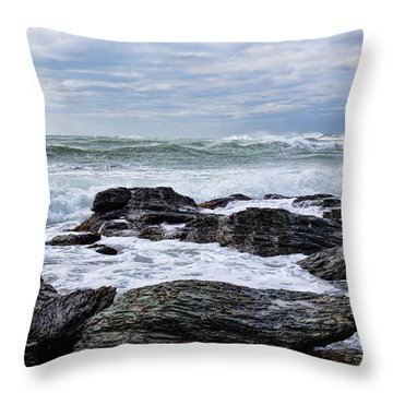 Throw Pillow featuring the photograph Atlantic Scenery by Andrew Pacheco