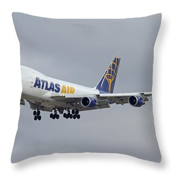 Atlas Air Boeing 747-47uf N415mc Phoenix Sky Harbor December 23 2015  Throw Pillow
