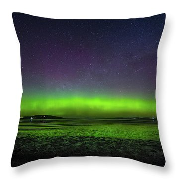Throw Pillow featuring the photograph Aurora Australia by Odille Esmonde-Morgan
