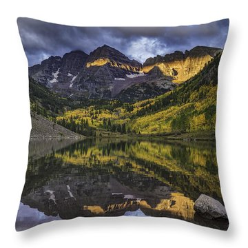 Throw Pillow featuring the photograph Autumn Dawn by Bitter Buffalo Photography