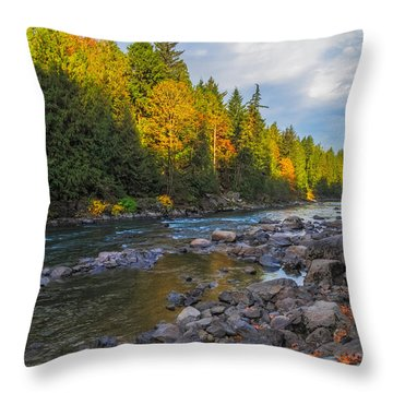Autumn Morning Light On The Snoqualmie Throw Pillow
