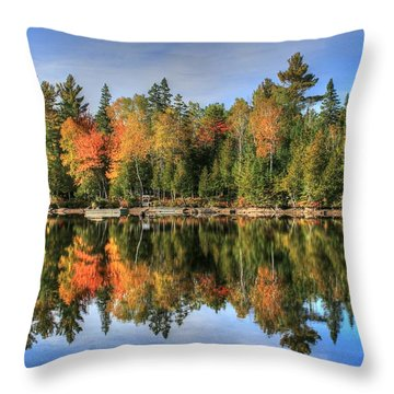 Autumn Reflections Of Maine Throw Pillow