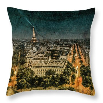 Paris, France - Avenue Kleber Throw Pillow