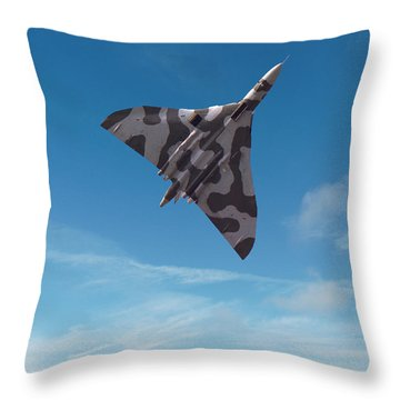 Avro Vulcan -1 Throw Pillow