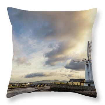 Awake My Soul And Sing Throw Pillow