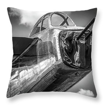 B-25 - Bw Series Throw Pillow