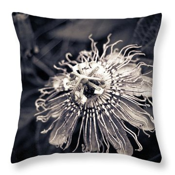 Clematis Flower Bloom Throw Pillow