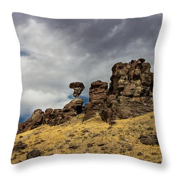 Balanced Rock Adventure Photography By Kaylyn Franks Throw Pillow