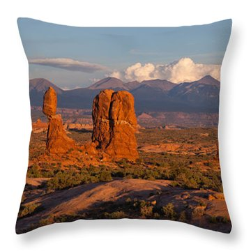 Balanced Rock And Summer Clouds At Sunset Throw Pillow