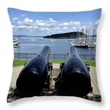Bar Harbor - Maine - Canons At Agamont Park Throw Pillow