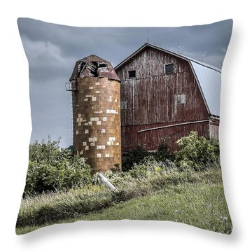 Barn On Hill Throw Pillow