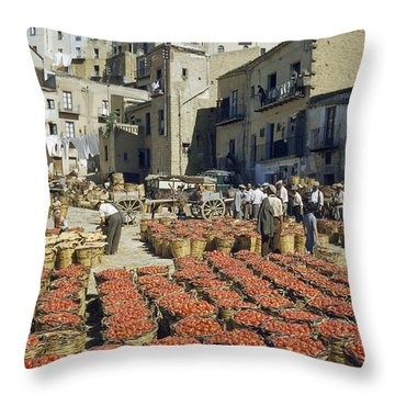 Baskets Filled With Tomatoes Stand Throw Pillow by Luis Marden