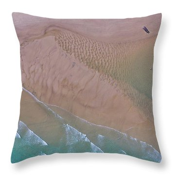 Beach Patterns At North Point On Moreton Island Throw Pillow