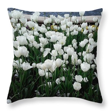 Beautiful! ❤ #flowers #flower #white Throw Pillow