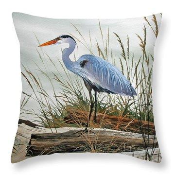 Beautiful Heron Shore Throw Pillow