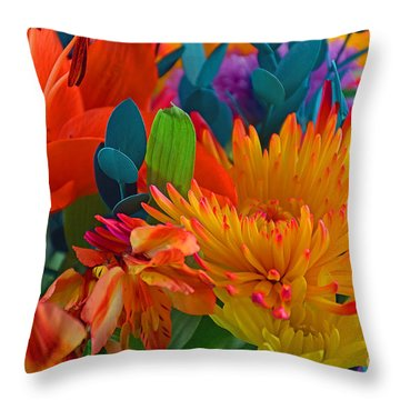 Beautiful To The Eyes  Throw Pillow
