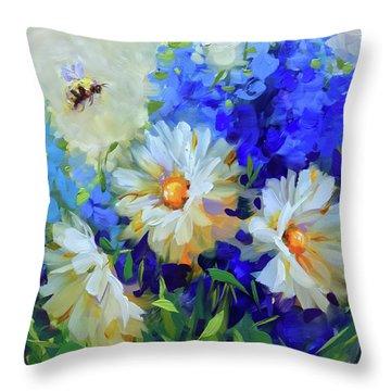 Bee Happy Daisies Throw Pillow