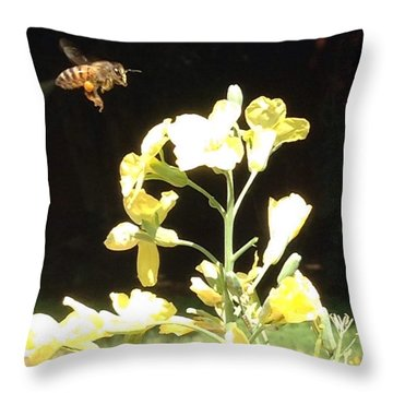 Bees Love Broccoli Throw Pillow