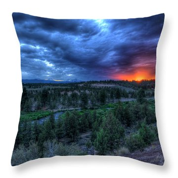 Bend Sleeps Throw Pillow
