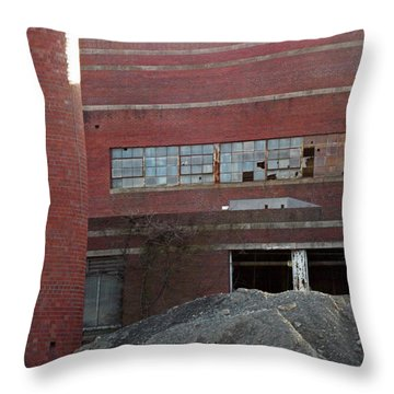 Bethpage Gravel 2 Throw Pillow