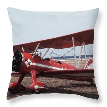 Bi-wing-6 Throw Pillow