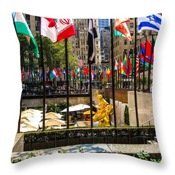Big Apple Throw Pillow