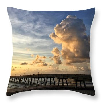 Big Cloud And The Pier, Throw Pillow