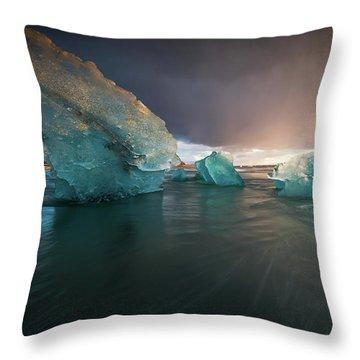Big Ice Throw Pillow