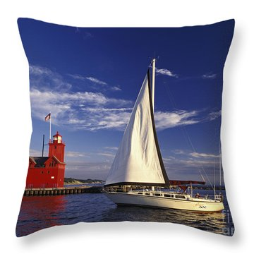 Big Red - Fm000060 Throw Pillow