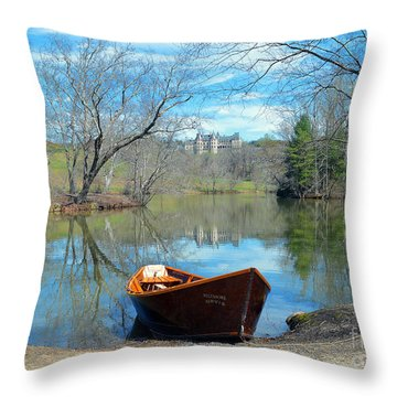 Biltmore Reflections Throw Pillow
