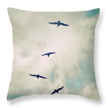 Throw Pillow featuring the photograph Bird Dance by Lyn Randle