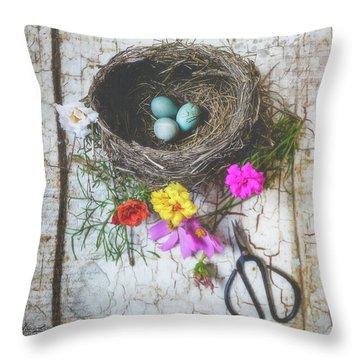 Throw Pillow featuring the photograph Bird Nest With Blue Bird Eggs Beauty by Anna Louise