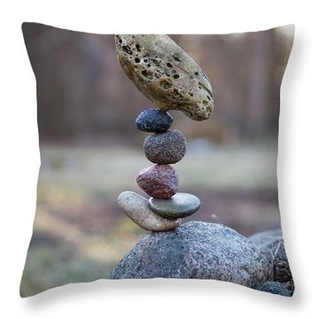 Birdie Throw Pillow