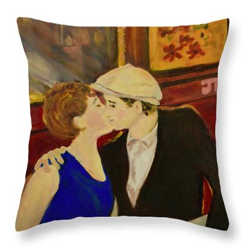 Bisou Throw Pillow
