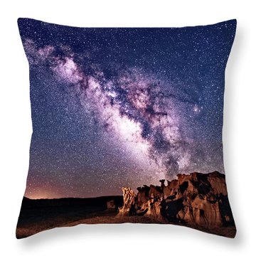 Bisti Badlands Night Sky Throw Pillow