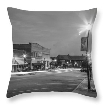 Black And White 31 Throw Pillow