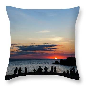 Black Rock Sunset Throw Pillow